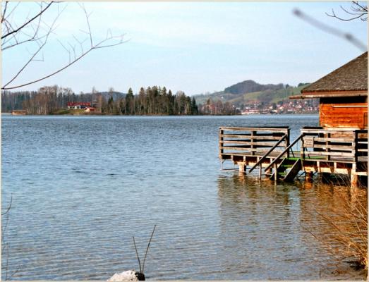 Ferienwohnung am Schliersee mit Bergblick See und Steg