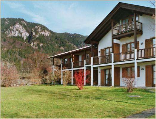 Ferienwohnung am Schliersee mit Bergblick Haus mit Wiese