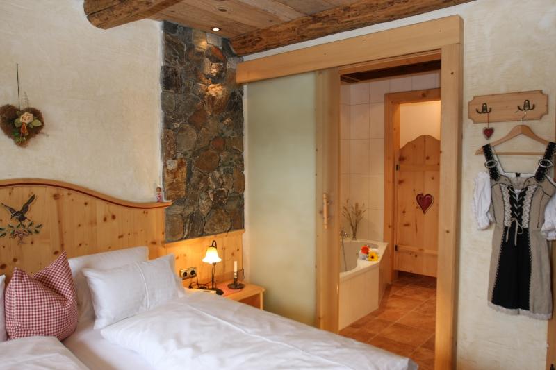 Almdorf_2-4_Schlafzimmer