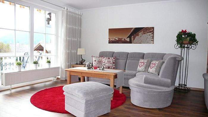 Alberta.3.Couch.700