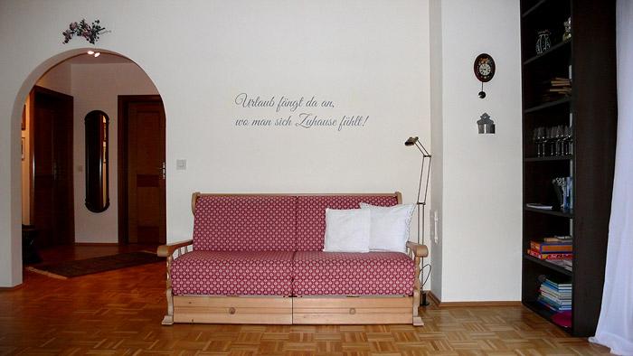 Anka.WZ.Couch.700