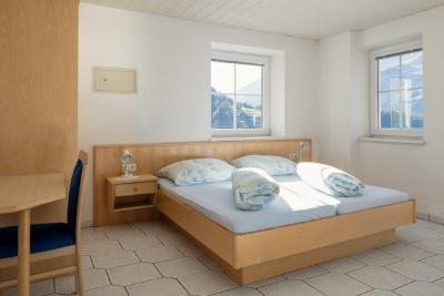 travellingingermany_appartement_ttirol_nauders_doppelbett