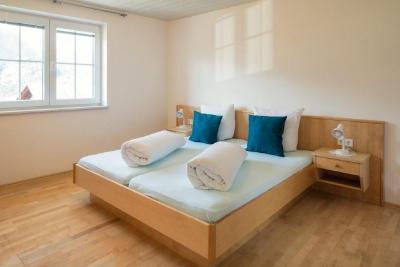 travellingingermany_appartement_ttirol_nauders_schlafzimmer
