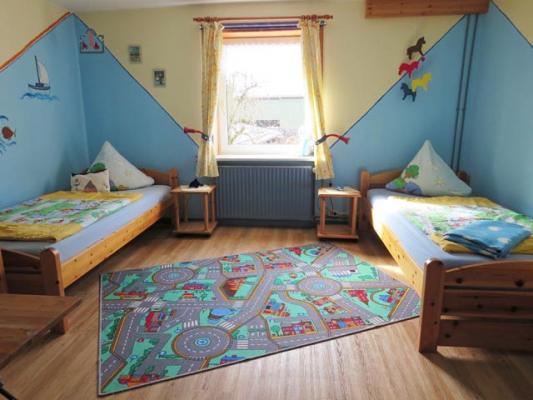 ferienhof-landfrieden-vollerwiek-ferienwohnung-deichgraf-Kinderzimmer