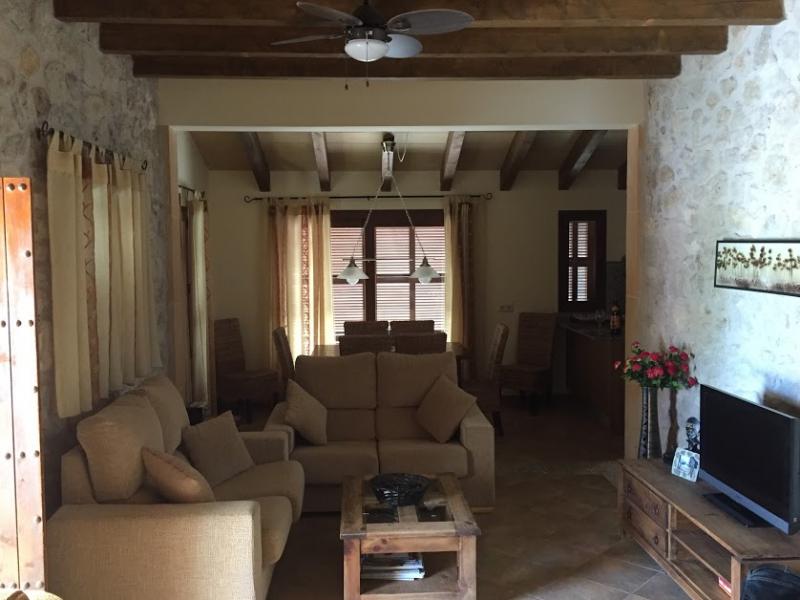 Romantische Naturstein Finca auf Mallorca Wohnbereich