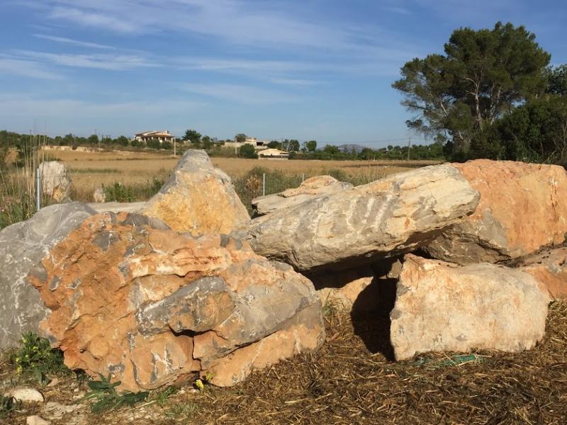 Romantische Naturstein Finca auf Mallorca Steine