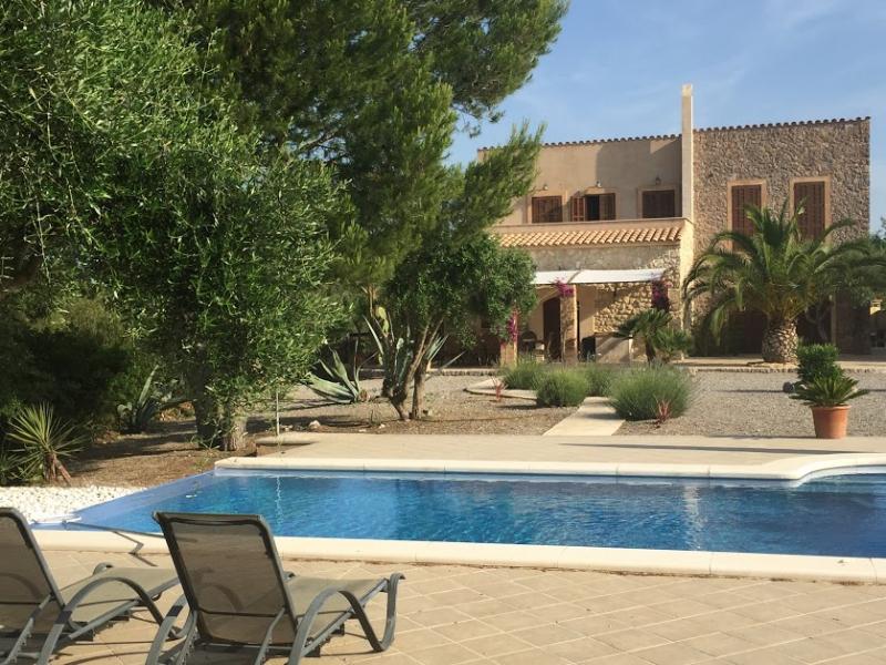 Romantische Naturstein Finca auf Mallorca 1 Liegestuhl