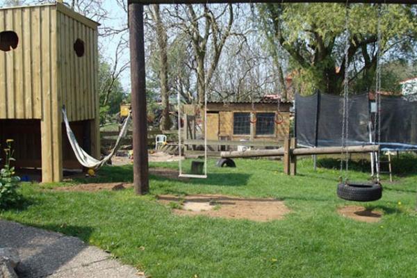 familienurlaub-bauernhof-Spielplatz