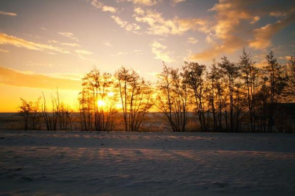 familienurlaub-bauernhof-Sonnenuntergang