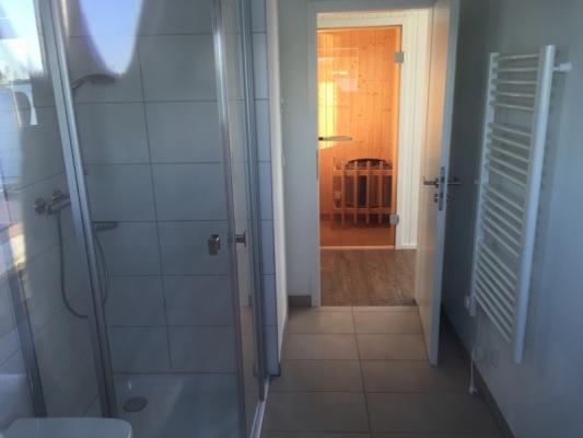 Schwimmendes Ferienhaus in Olpenitz Blick durchs Zimmer