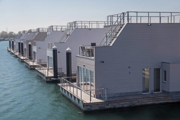 Schwimmendes Ferienhaus in Olpenitz Flick auf Hausboote