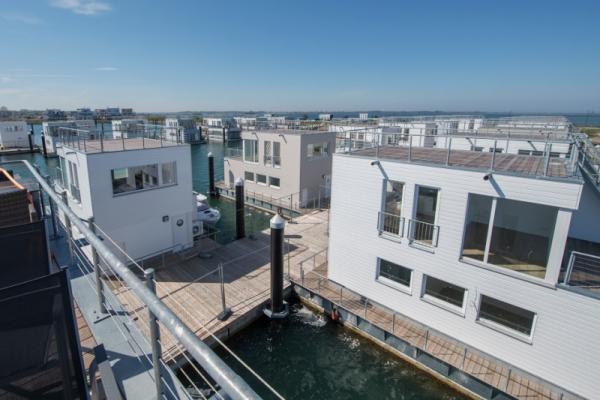 Schwimmendes Ferienhaus in Olpenitz Schiffsblick