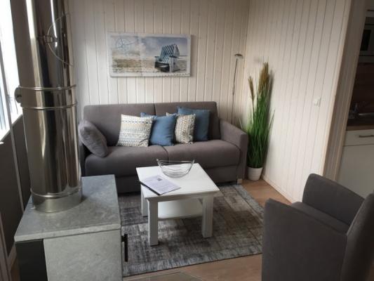 Ferienhaus Olpenitz mit 2 Zimmern Sofa weit
