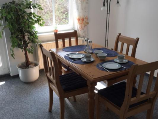 Ferienwohnung Binz Rügen Esstisch